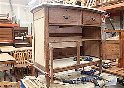 Oak-Dressers-1.jpg: 1024x726, 78k (April 28, 2015, at 06:40 AM)