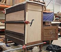 Oak-Dressers-3.jpg: 1024x871, 82k (April 28, 2015, at 06:40 AM)
