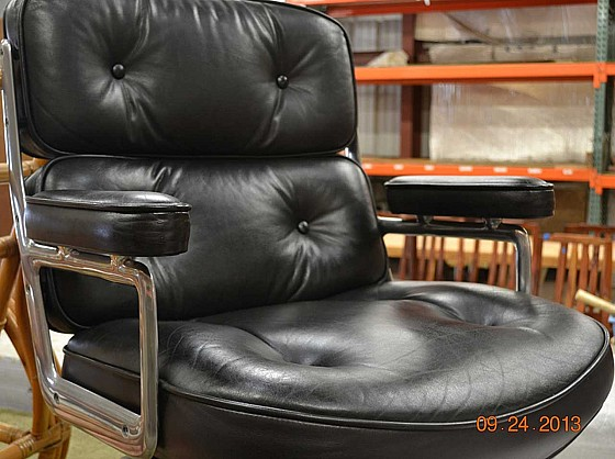 Black leather furniture repair by Ron's Furniture Repairs, Kaneohe, HI
